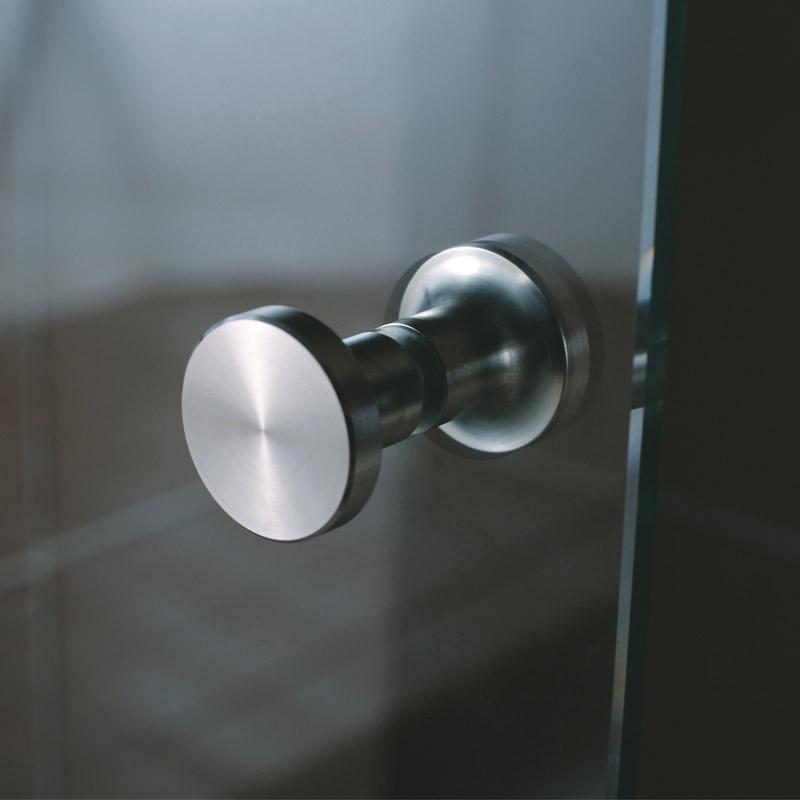 Porte de douche coulissante rolling 120 160 cm for Poignee porte de douche