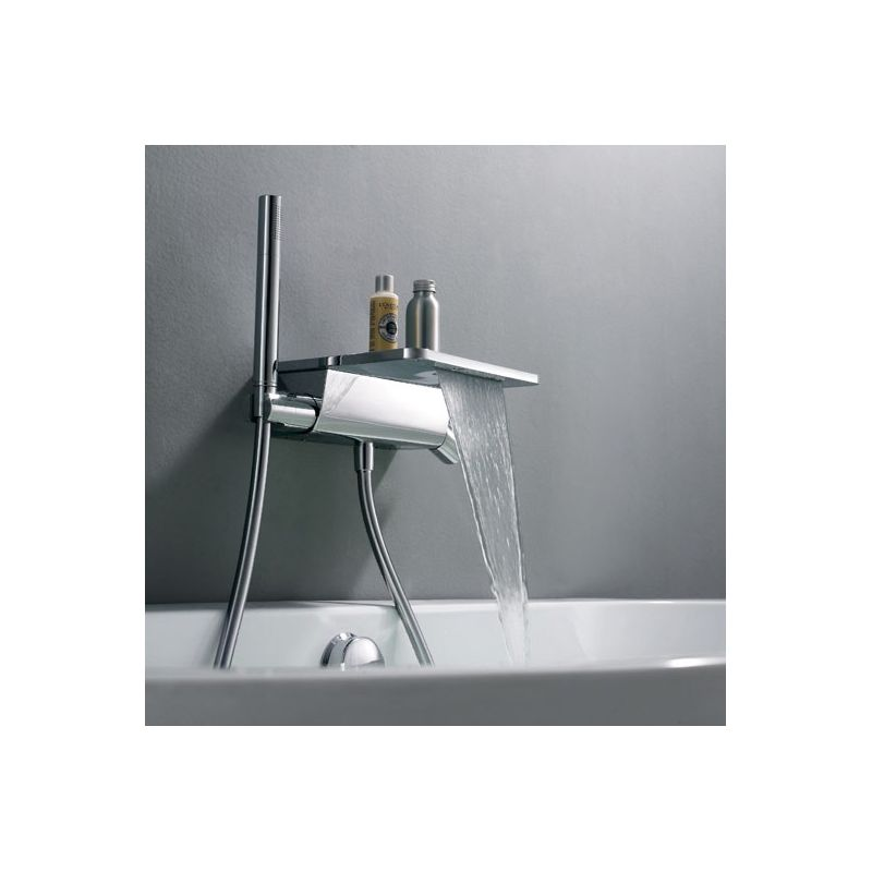Robinet mural lavabo salle de bain homelody robinet mural for Robinet salle bain