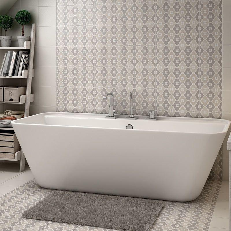 4 astuces pour mettre en valeur votre baignoire for Baignoire ilot ceramique