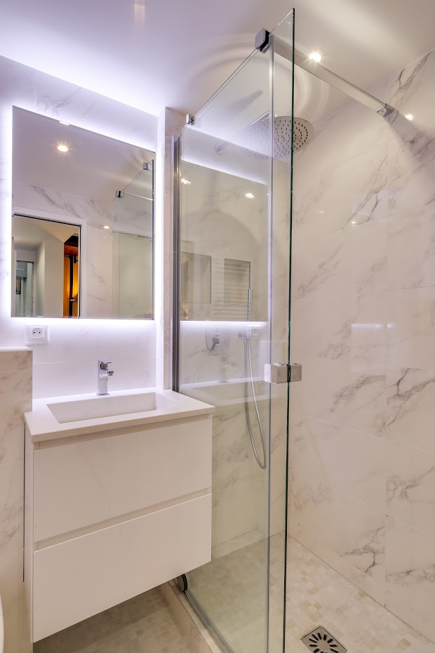 Aménager une salle de bain dans un studio | Petite salle de bain