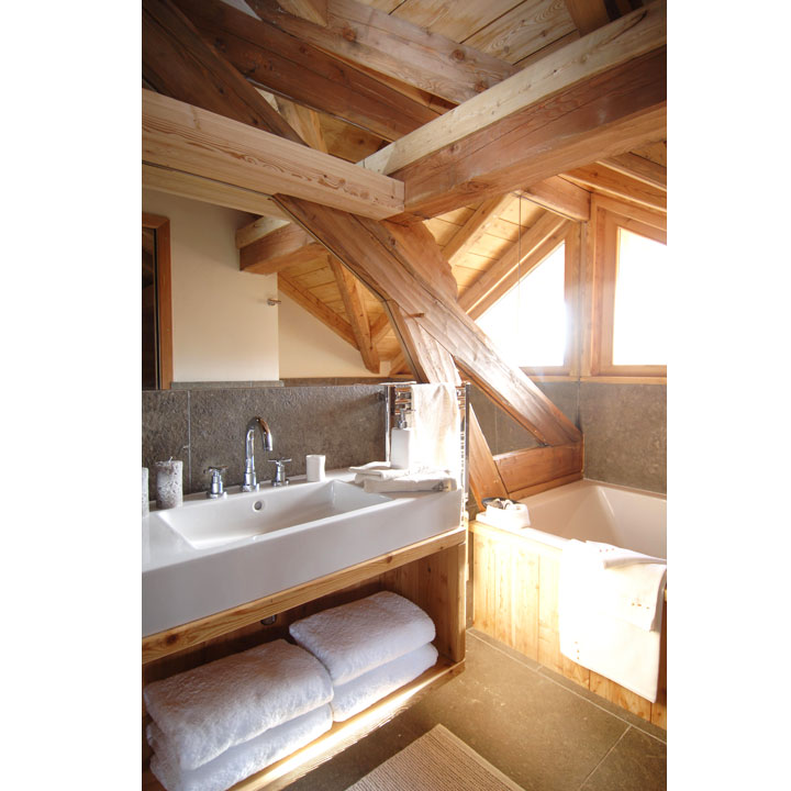 La salle de bain esprit chalet de montagne - masalledebain.com