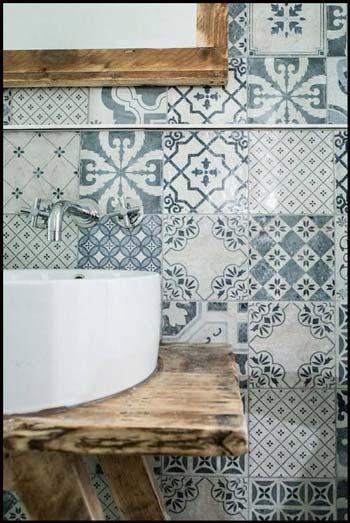 Univers contemporain scandinave naturel chic salle de bain for Carreaux sdb