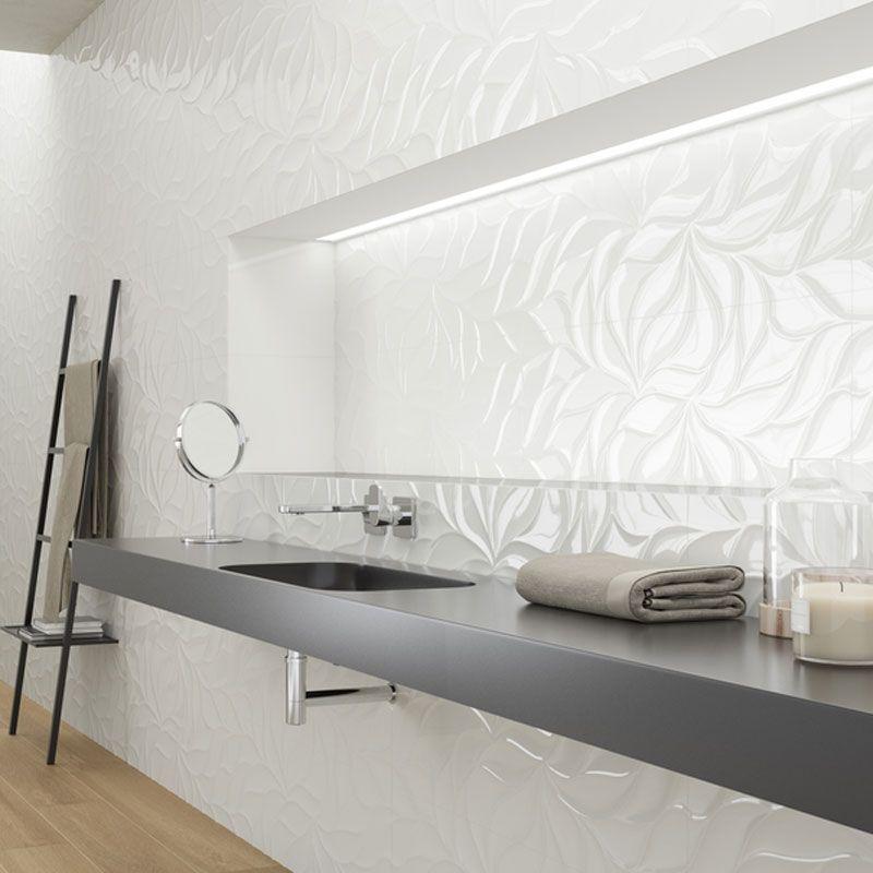 5 conseils de style pour une salle de bain blanche - Faience salle de bain blanche ...
