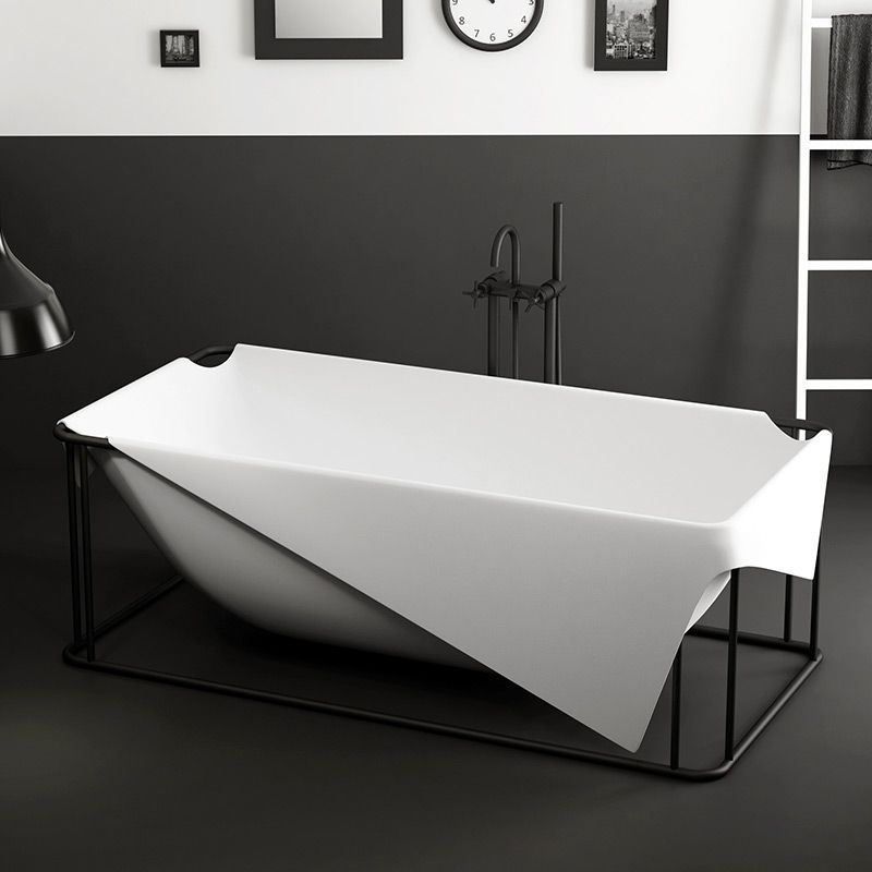 la salle de bain en noir et blanc. Black Bedroom Furniture Sets. Home Design Ideas