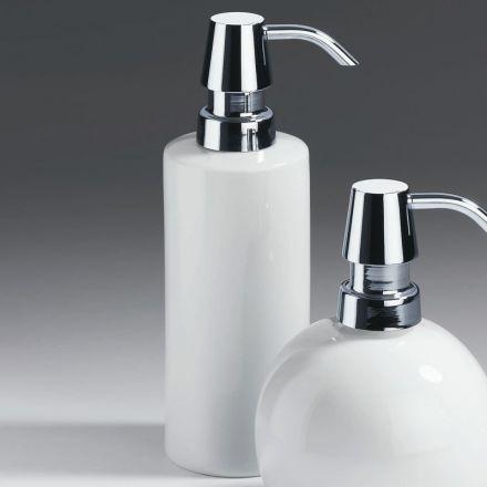 salle de bain 3 styles d couvrir autour du noir et blanc. Black Bedroom Furniture Sets. Home Design Ideas